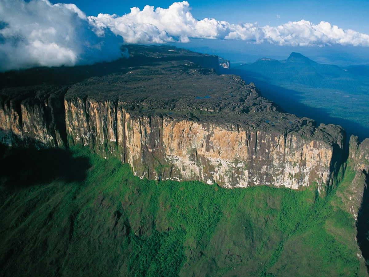 Brazil's Roraima state fears Venezuela supply problems