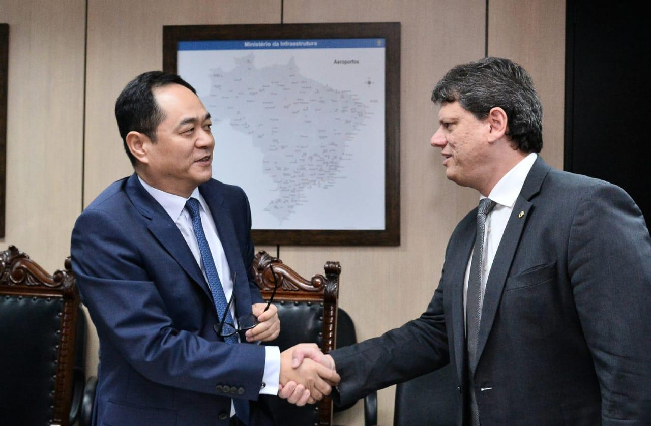 Brasil corteja inversión china en medio de temores por coronavirus