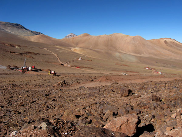 Exploraciones de júniors: SolGold, Magna Terra, Altiplano