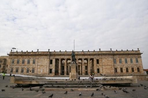 Moody's esperará aprobación de reforma tributaria colombiana para evaluar impacto