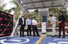 Se inaugura en Santa Cruz la primera estación de servicio para vehículos eléctricos