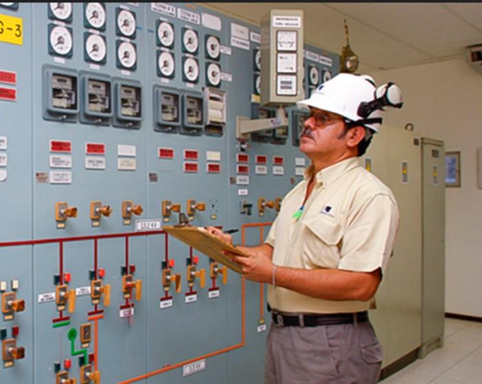 Panorama eléctrico de Perú: ajuste de proyecto, licitación de transmisión, margen de reserva