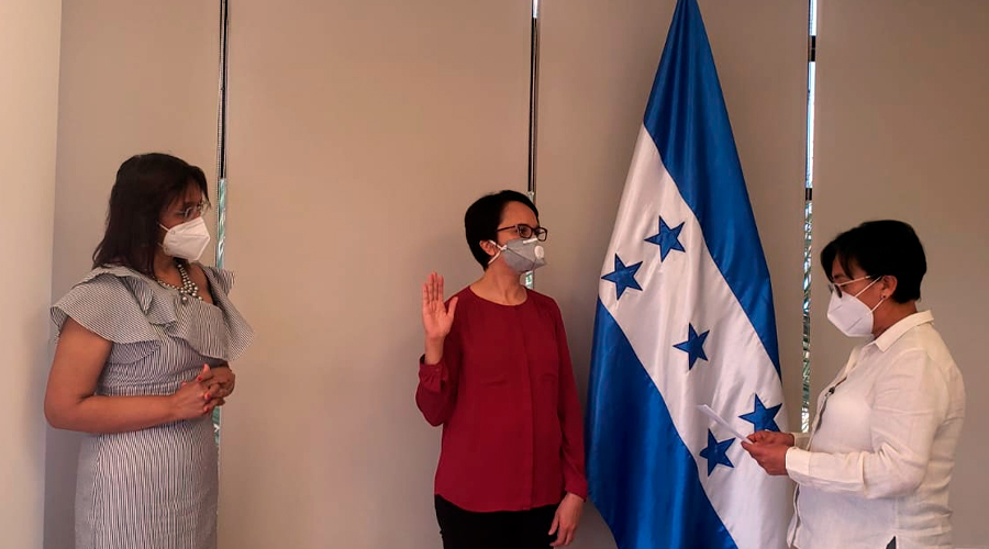 Honduras swears in members of the CREE Commissioner Candidate Selection Nominating Board