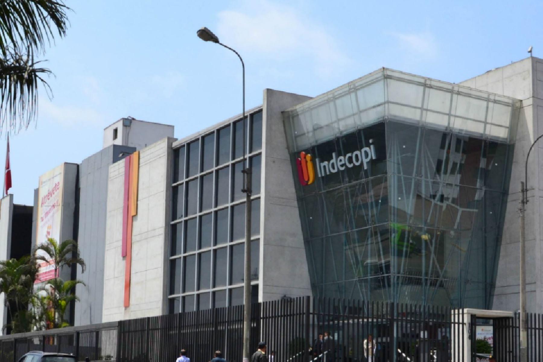 Indecopi autoriza adquisición de Luz del Sur pero con condiciones