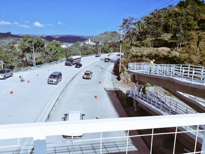 El Salvador opens improved section of La Libertad highway