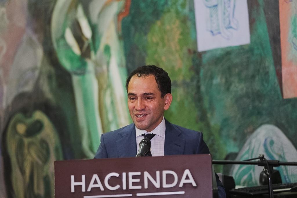 México confía en mantener grado de inversión
