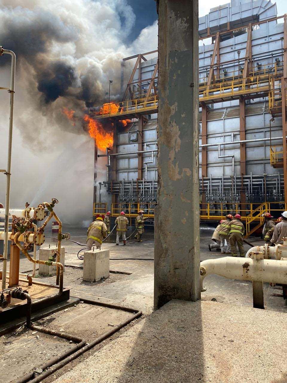 Terremoto en México causa incendio en refinería Salina Cruz