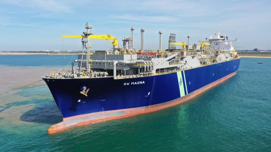 Brazil receives new LNG regasification vessel