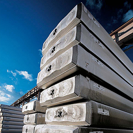South America aluminum production grows in April