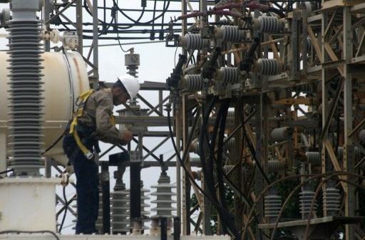 México debería poner fin a subsidio universal a electricidad
