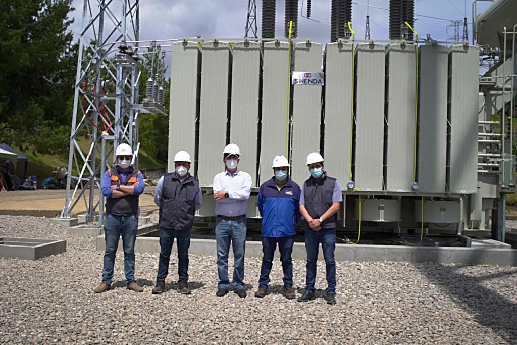 CELEC EP put into operation a new transformer in the Cuenca substation, which increases the power delivery capacity
