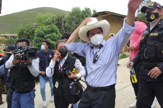 Elecciones en Perú no disipan velo de incertidumbre