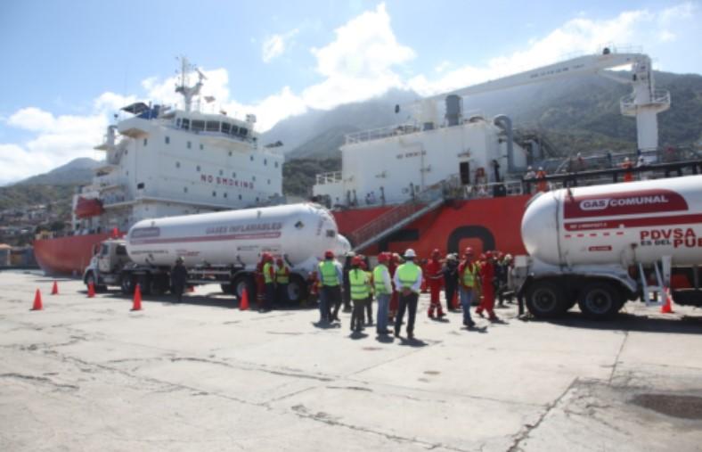 PDVSA unloaded LPG tanker on Vargas coasts