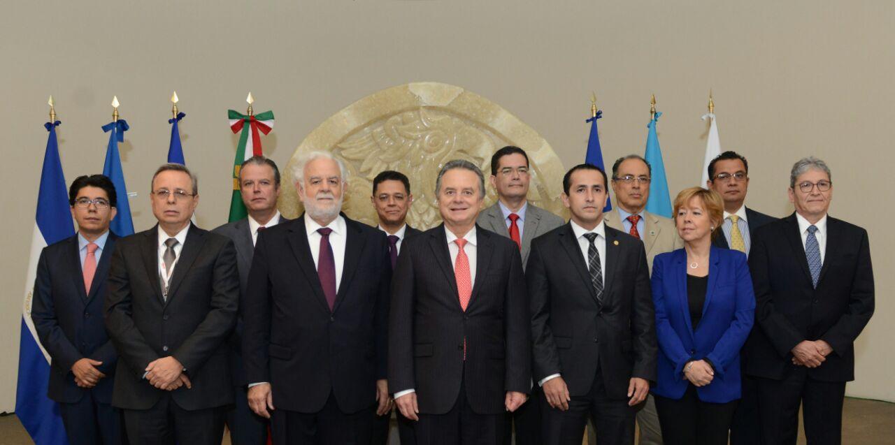 Avanza integración eléctrica entre México y Centroamérica