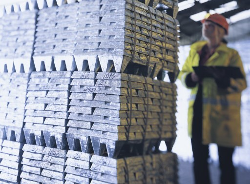 Peru April metals exports hit by falling prices, shipments