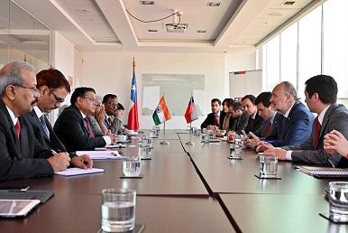 Chile e India avanzan en acuerdo de inversión en litio