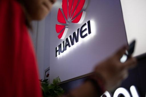 Más telecos critican posible prohibición a Huawei