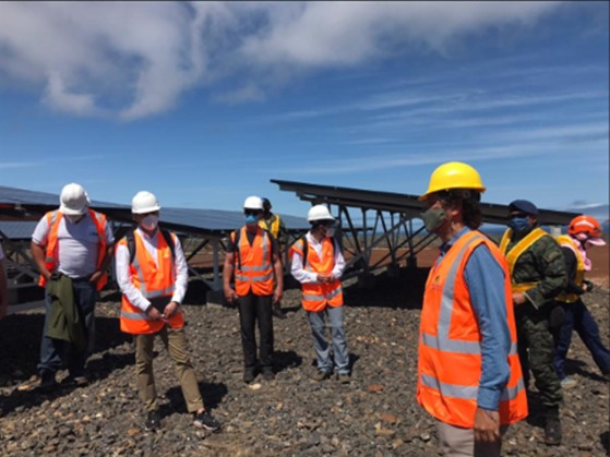 Interested companies visit the Conolophus photovoltaic project site, in Galapagos