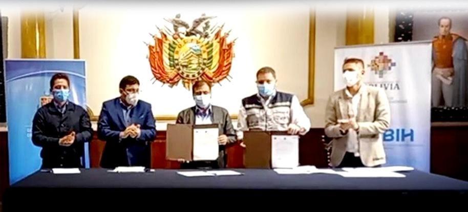 La Empresa Boliviana de Industrialización de Hidrocarburos firma Acta de Entendimiento con la Gobernación de Cochabamba