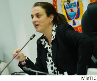 El contrato de conectividad que complica a ministra de Colombia