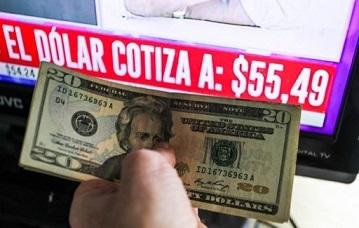 Panorama electoral argentino: éxodo del dólar, falla tecnológica