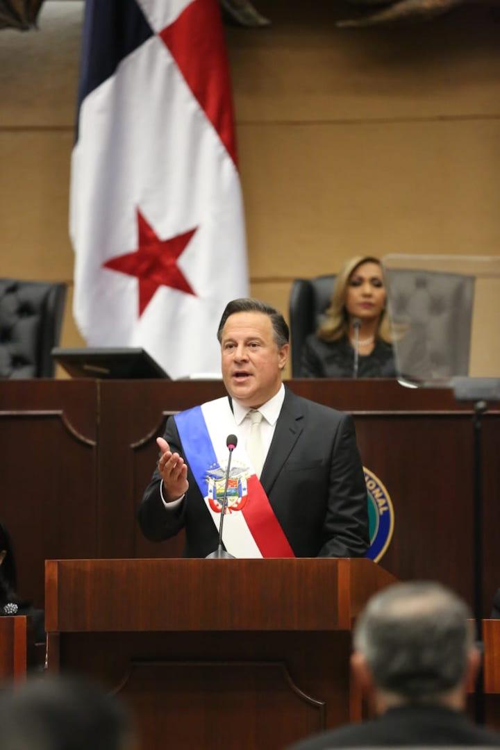 Panamanian president details 2019 infra goals