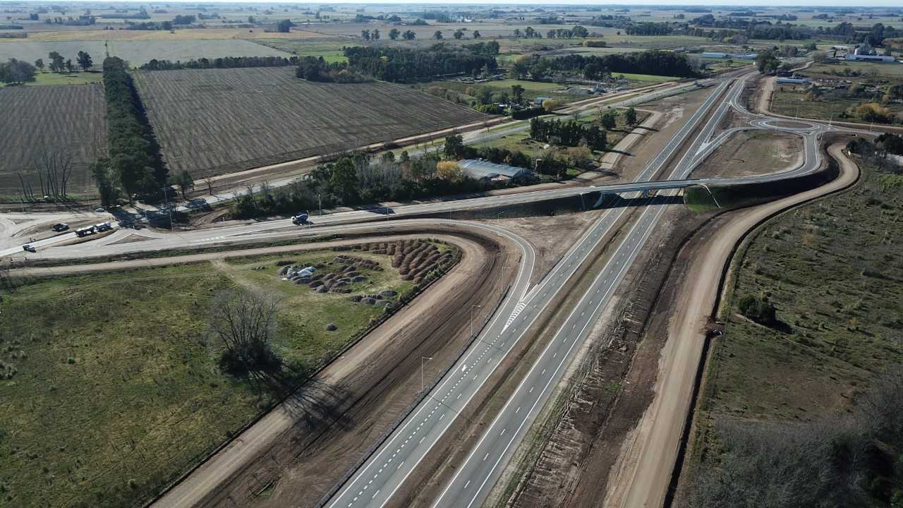 Argentina inaugura autopista en provincia de Buenos Aires