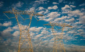 Juez brasileño suspende a jefes de reguladores por crisis energética en Amapá