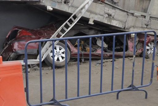 Mexico metro collapse: Insurers say operator SCT is covered but not victims