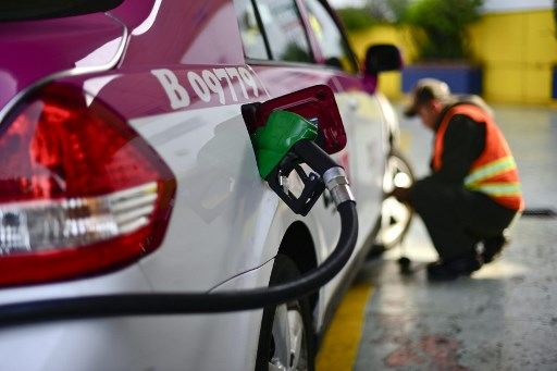 Is Mexico's regulator intentionally delaying fuel sales permits?