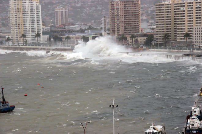 Más de 18 mil asentamientos y estructuras costeras estarían expuestas a los impactos del cambio climático en Chile