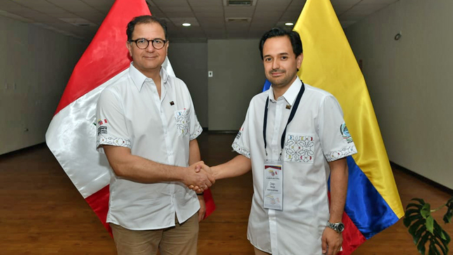 Perú y Colombia acuerdan impulsar interconexión eléctrica