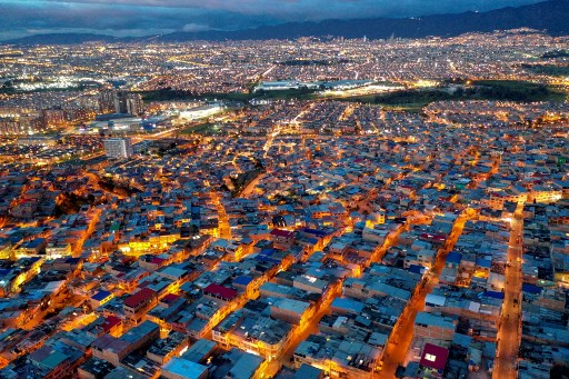ETB experimenta desaceleración en adopción de fibra en Bogotá