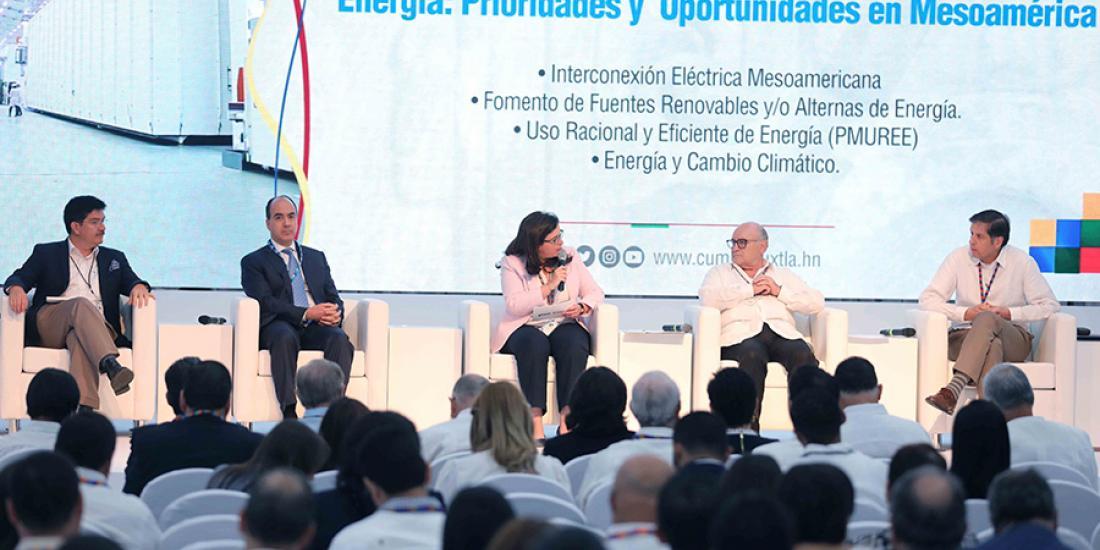 Empresarios apuestan a la apertura del mercado de energía en Mesoamérica