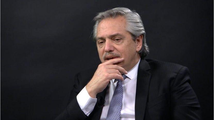 """Primeros dos meses de Fernández serán """"críticos"""" para economía argentina"""
