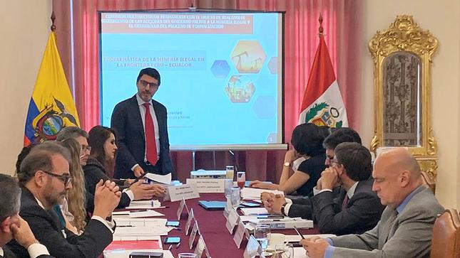 Peru, Ecuador discuss measures against illegal mining