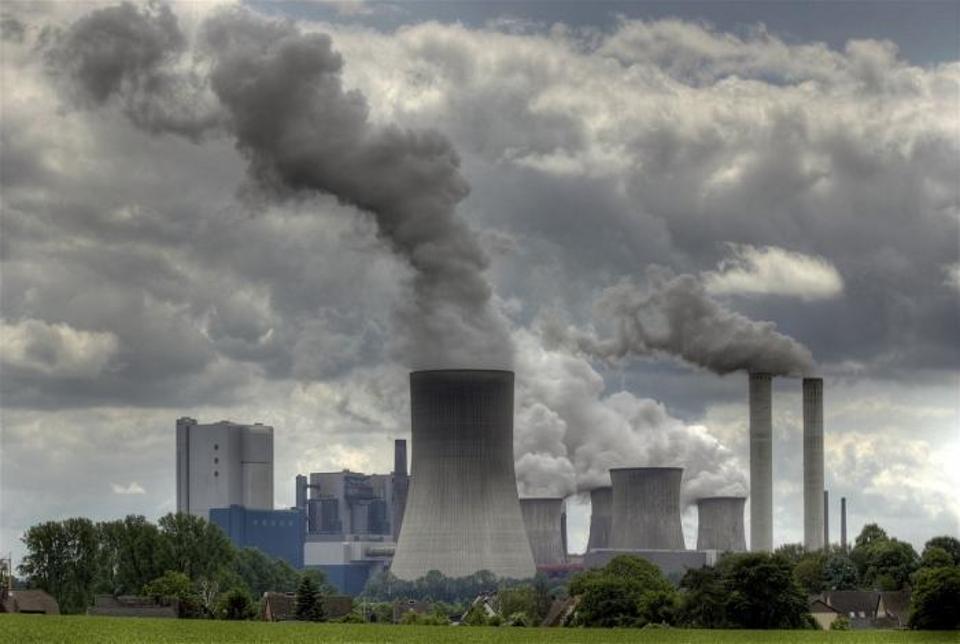 Plan acelerado de retiro de generación a carbón en Chile plantea riesgos para fiabilidad de red