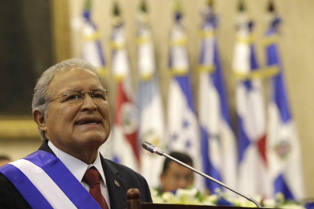 El Salvador's president urges congress to pass water bill