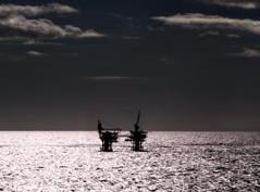 Proveedores de servicios ven oportunidades en desmovilización de plataformas de Petrobras