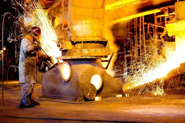 Rocketing Chinese steel output not halted by iron ore supply concerns