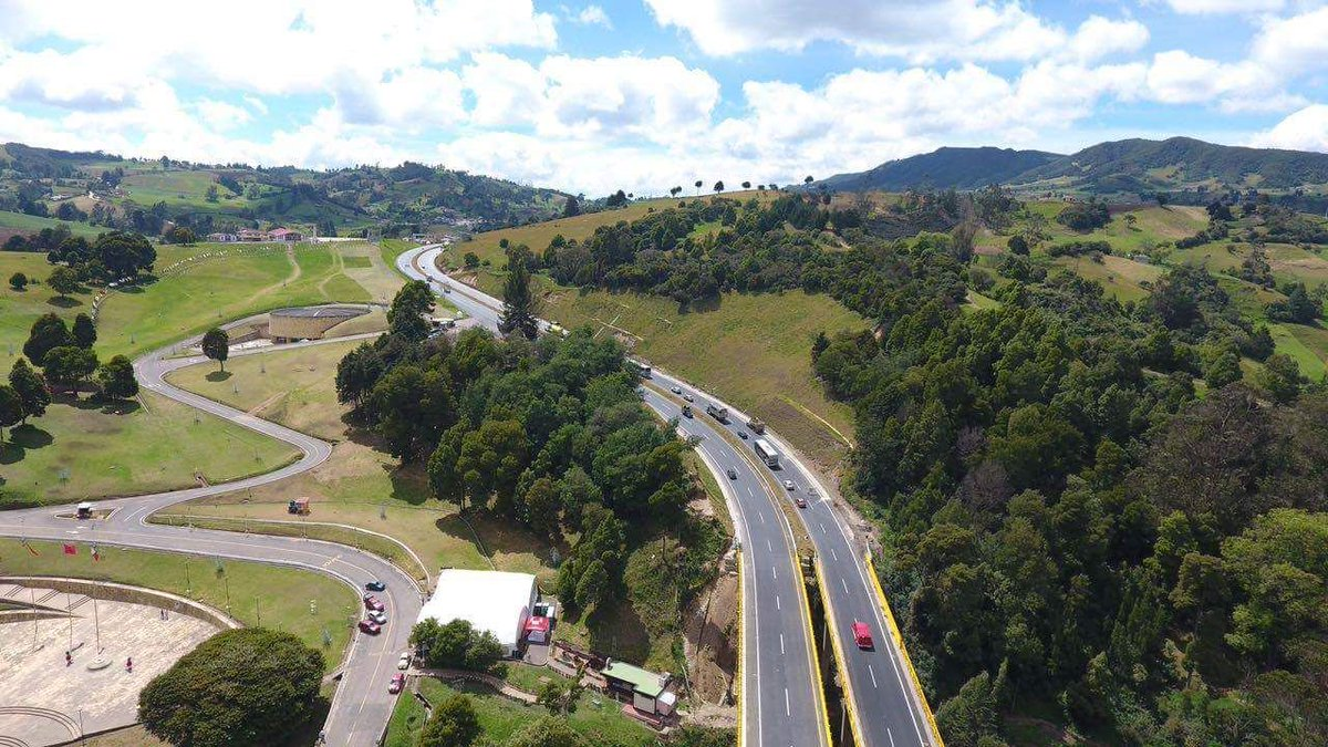Macquarie acquires control of Colombian road concession