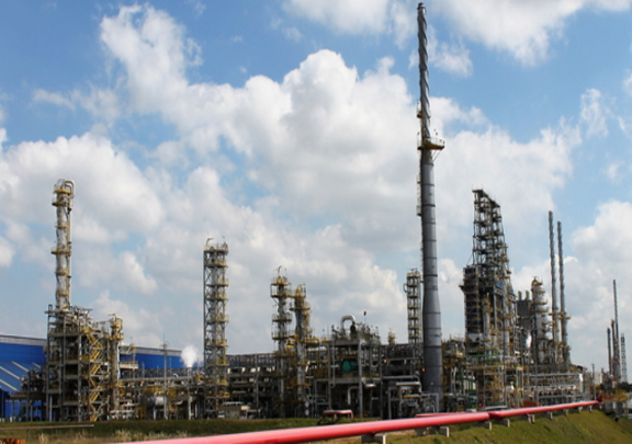 Who's eyeing Petrobras' refineries?