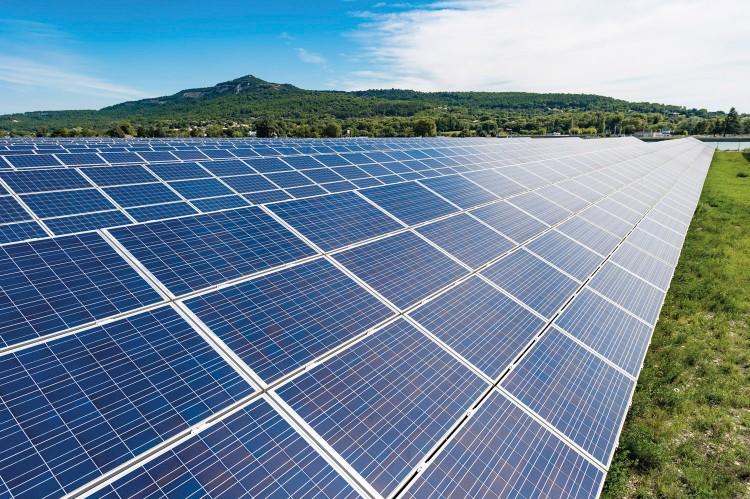 Invertirán US$2.000mn en grandes proyectos de energía solar en Brasil en 2020-2025