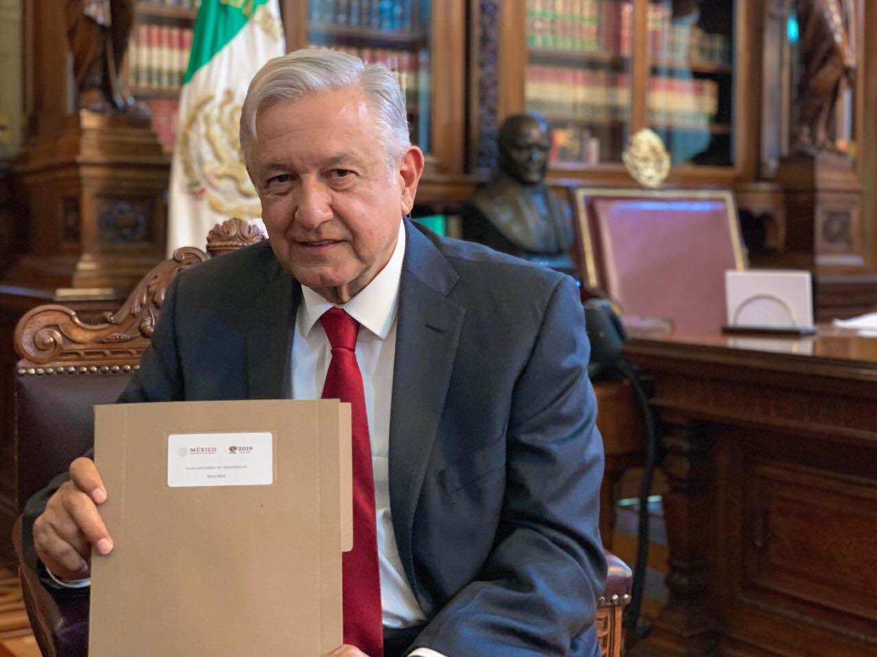 Mexico development plan eyes Pemex tax burden