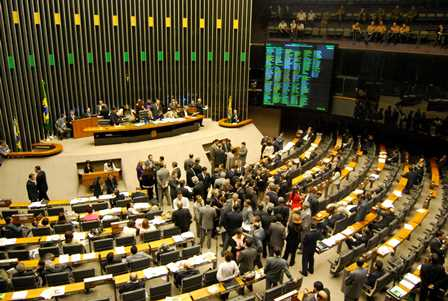 Brazil congress considering several electric power bills