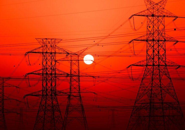 Colombia requiere consultoría para expansión de red eléctrica