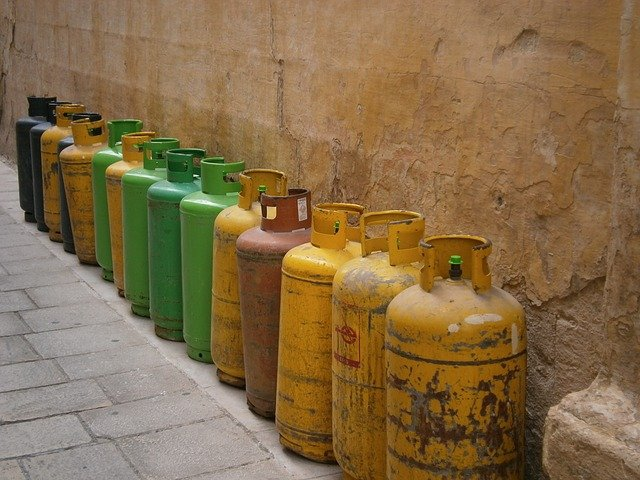 How LPG prices are turning up the heat at Mexico's central bank