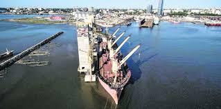 Puerto de Montevideo sella acuerdo para extender concesión