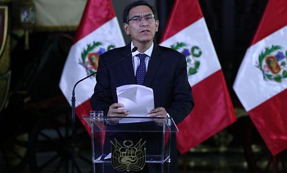 Crisis en Perú: Vizcarra disuelve Congreso, que nombra presidenta
